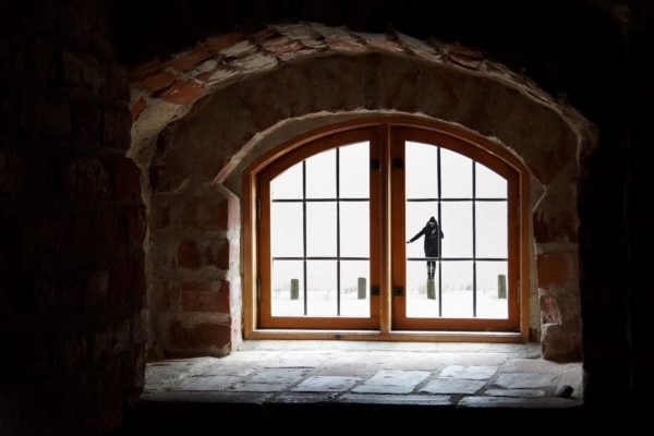 How to Properly Insulate Your Windows for the Cold Weather